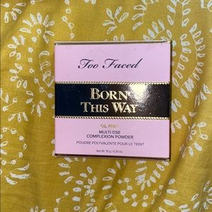 Never Used Too Faced Born This Way Powder